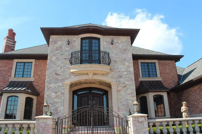 Bella Vista Neighborhood in Northville, MI Real Estate 17