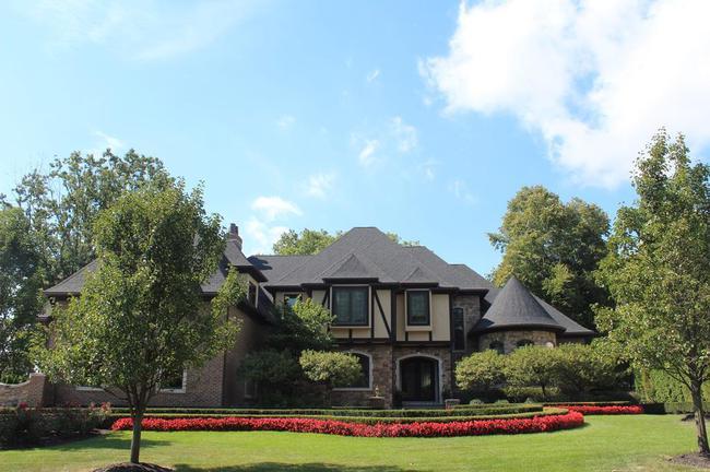 Bella Vista Neighborhood in Northville, MI Real Estate 19