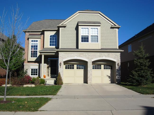 Liberty Park neighborhood. Novi real estate