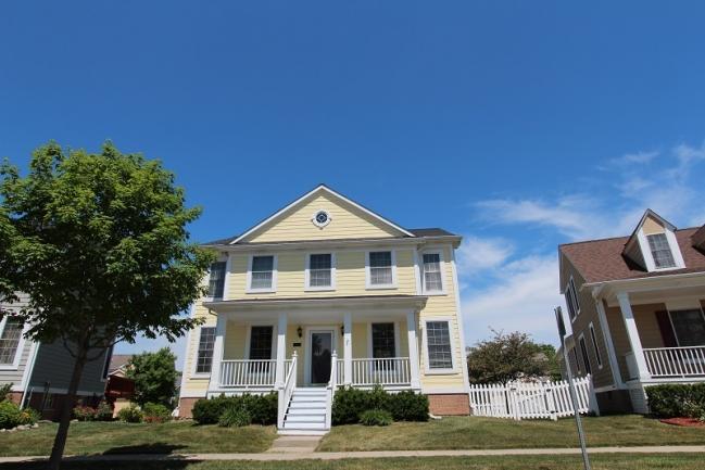 Saratoga Circle of Novi Elevation 5
