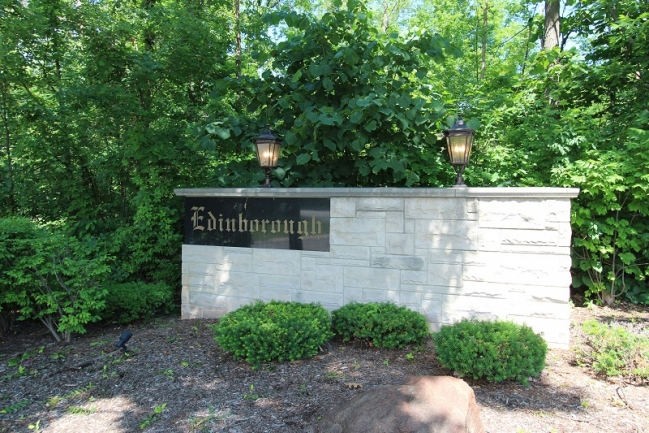 Edinborough Neighborhood Entrance Sign