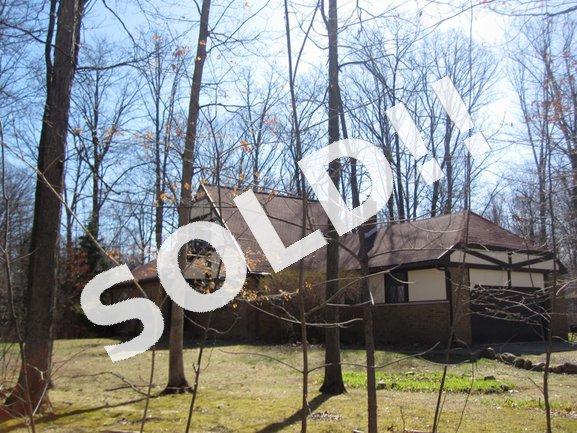 48215 9 MIle Road, Novi MI 48167. Real Estate For Sale in Novi
