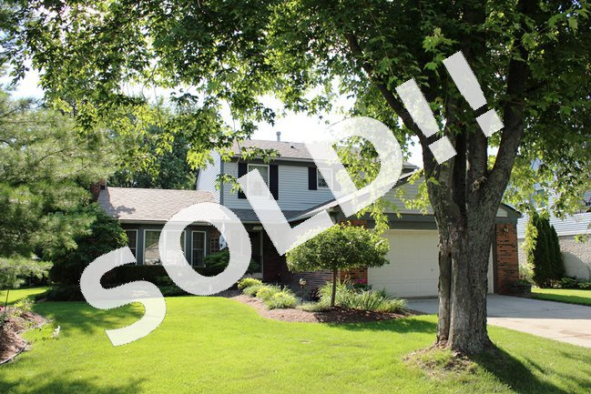 23611 Hickory Grove Ln, Novi MI 48375. Homes For Sale In Novi.